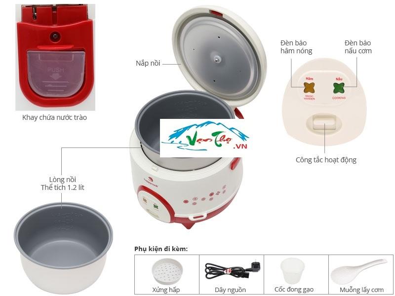 Cuộc sống tất bật khiến bạn không muốn mất nhiều thời gian trong việc nội trợ, bạn ngày càng lo lắng vì các thành viên trong gia đình thường xuyên sử dụng những thực phẩm bên ngoài không đảm bảo vệ sinh và an toàn. Giờ đây bạn không cần lo lắng nữa vì đã có nồi cơm điện Happy Cook HC-120 1.2L, được sản xuất theo công nghệ hiện đại của thương hiệu Happy Coock. Nồi cơm điện Happy Cook HC-120 1.2L có dung tích vừa đủ 1.2L phù hợp với những gia đình trẻ. Bên cạnh đó, sở hữu công suất 350W, giúp cho công việc nấu cơm được nhanh chóng mà vẫn tiết kiệm lượng điện năng tiêu thụ so với những nồi cơm điện thông thường. Ngoài ra, được thiết kế dựa trên công nghệ Nano Silver làm tăng tính năng diệt khuẩn, sát trùng và khử mùi, giữ nồi cơm nhà bạn luôn vệ sinh, sạch sẽ. Đặc biệt, nồi có kiểu dáng hiện đại, với lớp vỏ nhựa cao cấp màu xanh dương phối trắng có hoa văn sang trọng, giúp gian bếp nhà bạn thêm tươi tắn. Hãy để nồi cơm điện Happy Cook HC-120 1.2L giúp gia đình bạn luôn có những bữa ăn ngon, những bát cơm mềm dẻo, bổ dưỡng đảm bảo sức khỏe.